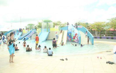 Gift for Life Foundation takes children to Fun Splash, Debe