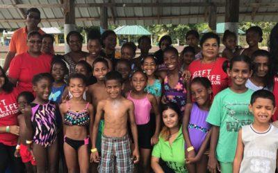 Gift For Life Foundation takes children to Funsplash Park